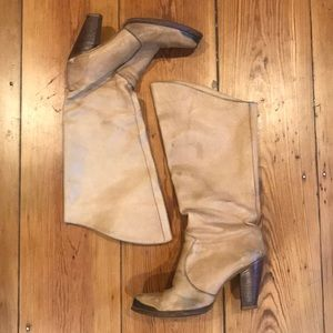 Shoes - Vintage Leather Zodiac Boots. Fit like a tight 7.